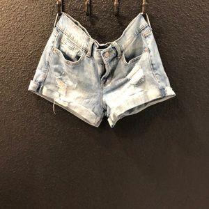 NWOT Cute Old Navy Jean shorts!